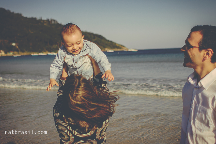 fotografia ensaio familia aniversario umano menino matheus smashthecake praia parque florianopolis natbrasil